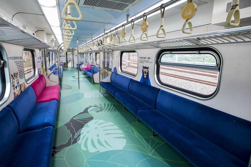 台鐵六家線動物彩繪列車亮相!新竹市X台鐵跨界合作 萌系老虎、台灣獼猴躍上火車