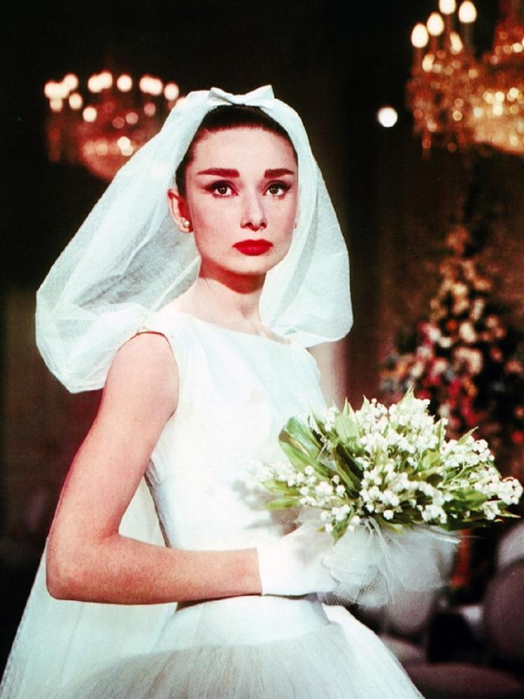 電影中令人難忘的夢幻婚紗!《時空旅人之妻》、《暮光之城》等多部電影的經典婚紗造型