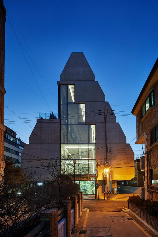 租屋族也能享受的高質感生活!韓國共享公寓「樹屋Tree house」綠意中庭花園、大片落地窗環繞_01