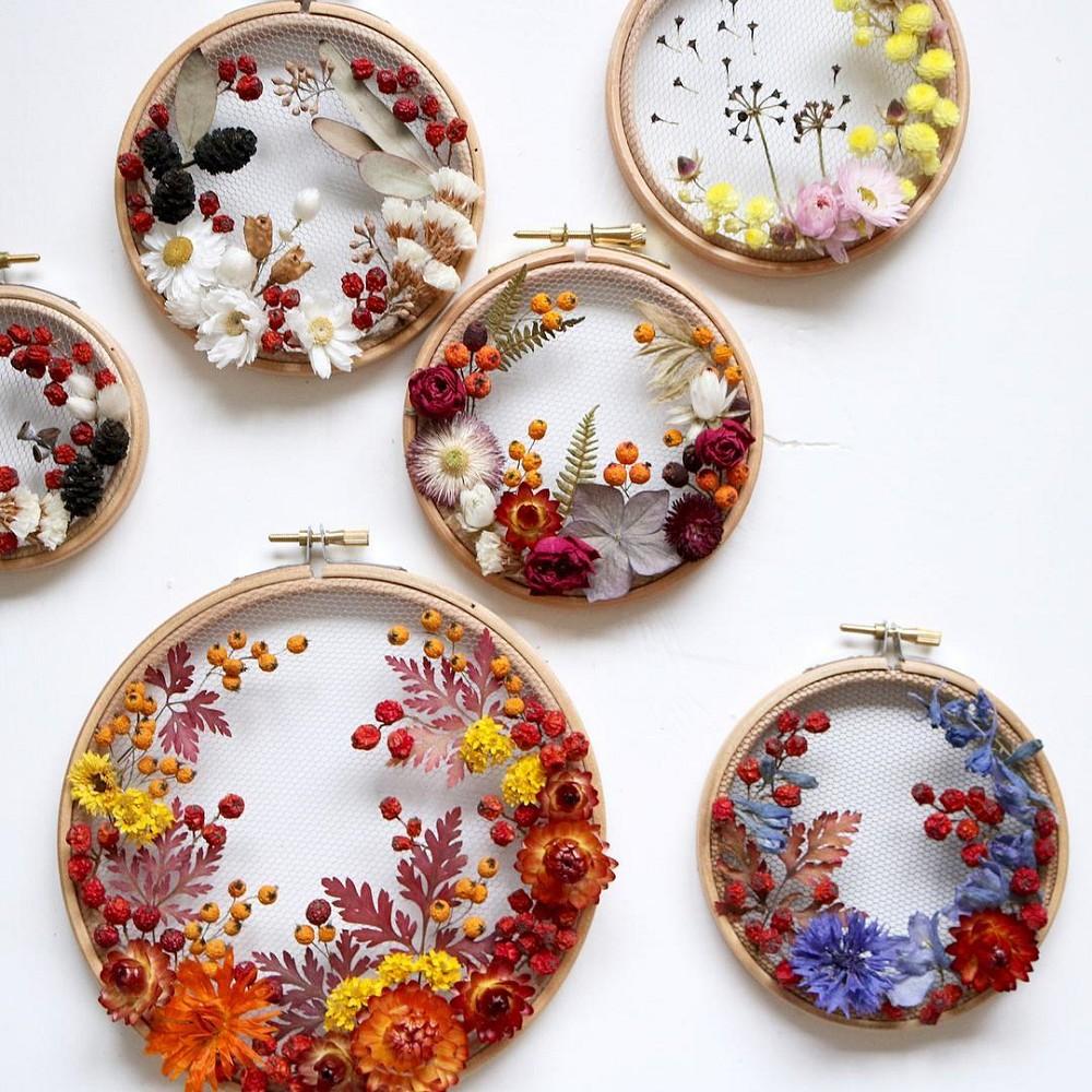 美得令人屏息!英國刺繡藝術家Olga Prinku將花草繡成美麗圖騰、抱枕燈罩全成藝術品_06