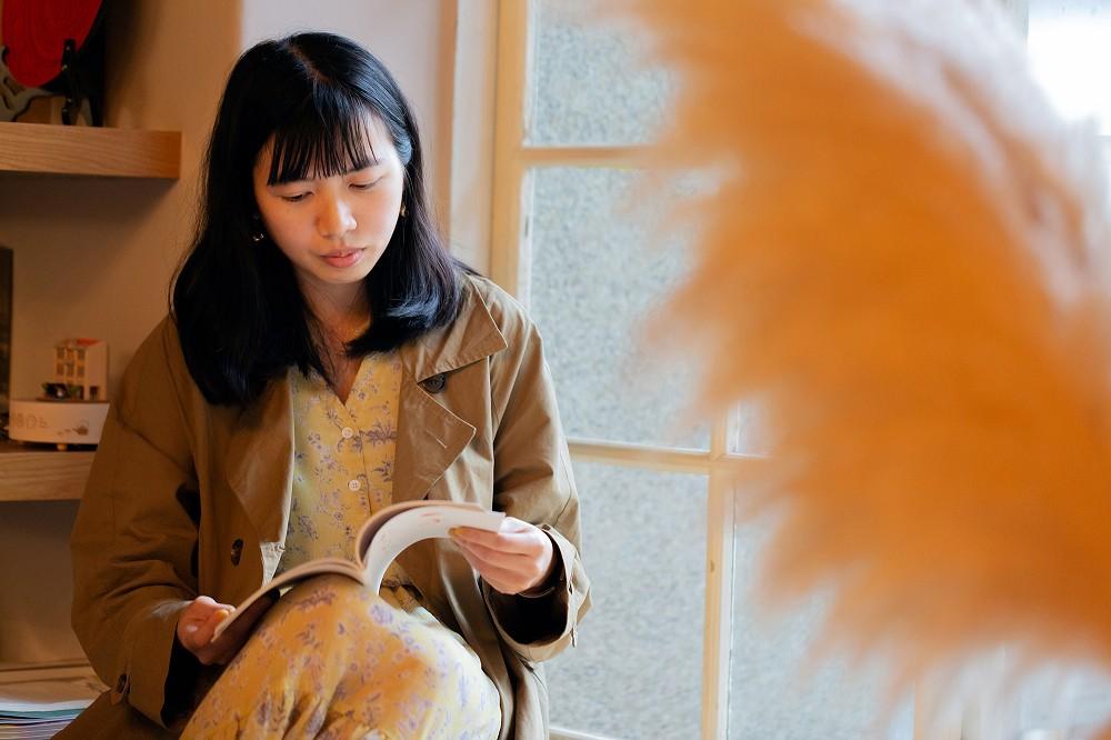 用畫筆溫柔回應世界 !台灣插畫家灰塵魚筆下宛如繁星若塵的美麗風景_02