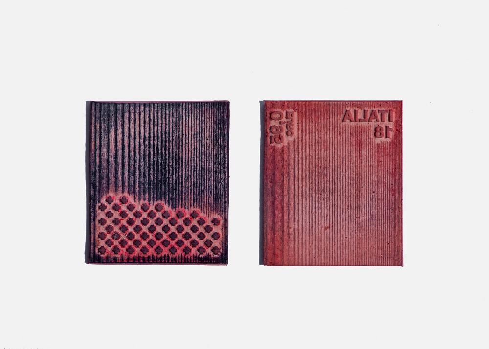水藻製成的郵票!義大利設計師Pablo Dorigo Sempere回收威尼斯湖水藻打造環保再生設計_06
