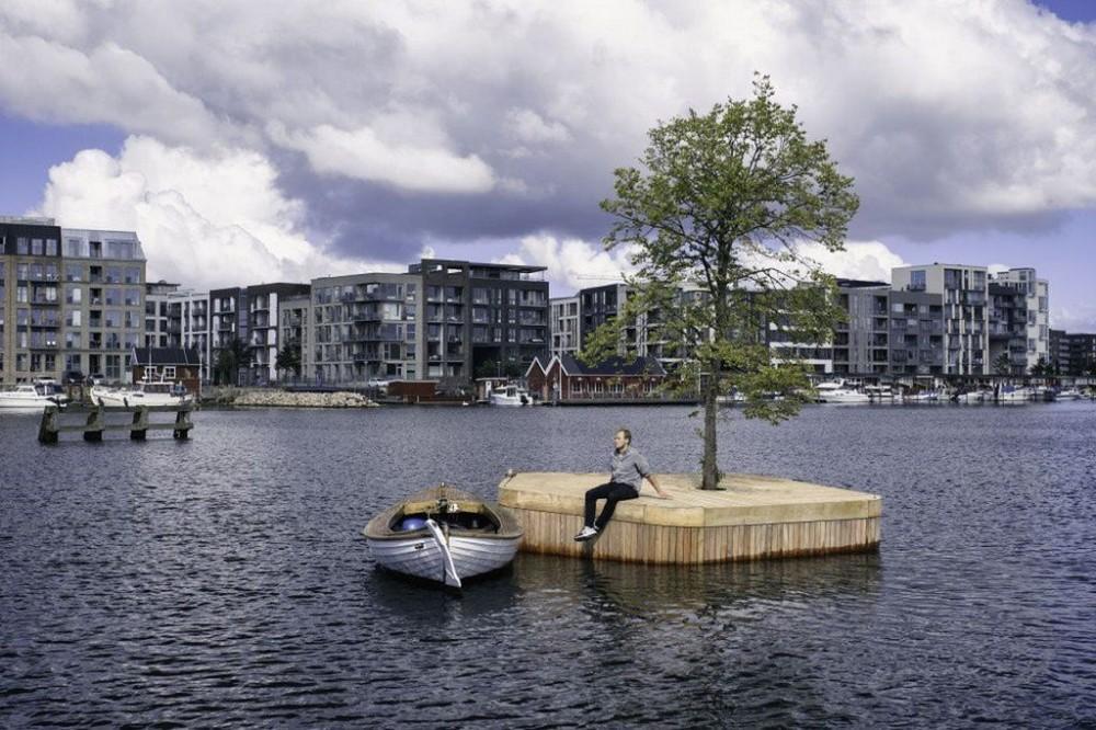 漂浮在海上的木作浮島公園!建築師打造「哥本哈根島嶼計畫」結合桑拿、咖啡廳的新形態公園_03