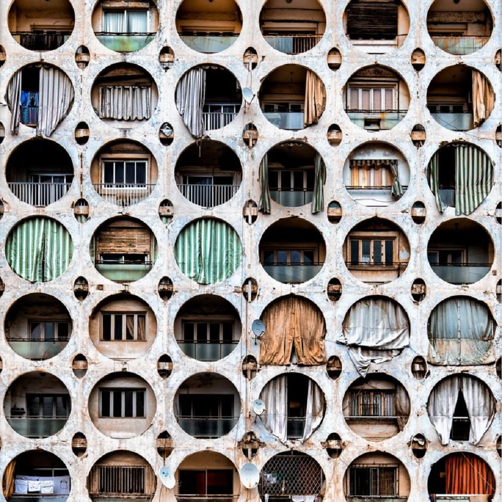 舊時代建物的蕭瑟美感!跟著英國攝影師James Kerwin的鏡頭 窺探貝魯特廢墟寂靜之美_07