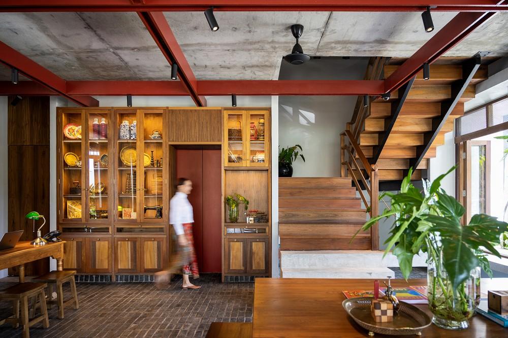 以娘惹文化為設計靈感!入住泰國新酒店Hotel Gahn 在木質空間中感受混血古城魅力_04