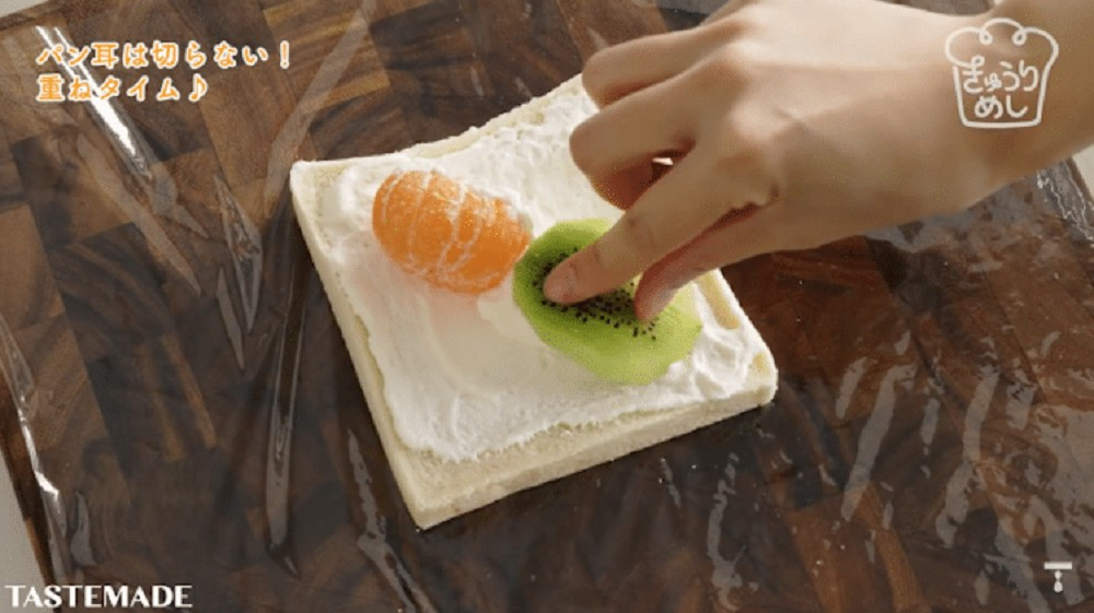 美到捨不得吃!水果花三明治、Manami Sasaki打造猶如日式禪宗庭院等吐司做成的創意早餐