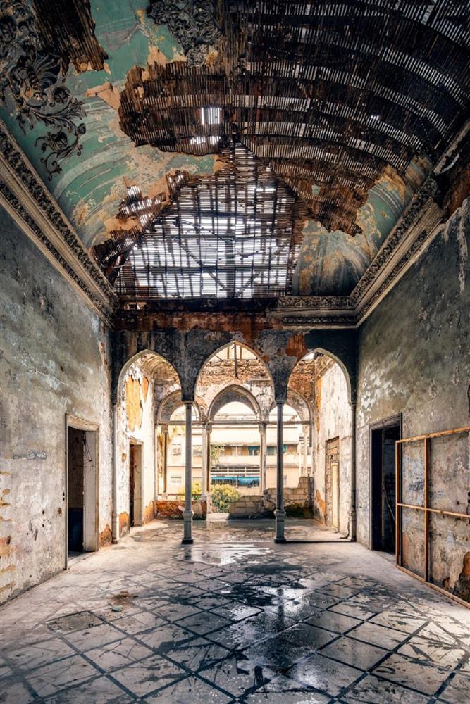 舊時代建物的蕭瑟美感!跟著英國攝影師James Kerwin的鏡頭 窺探貝魯特廢墟寂靜之美_05