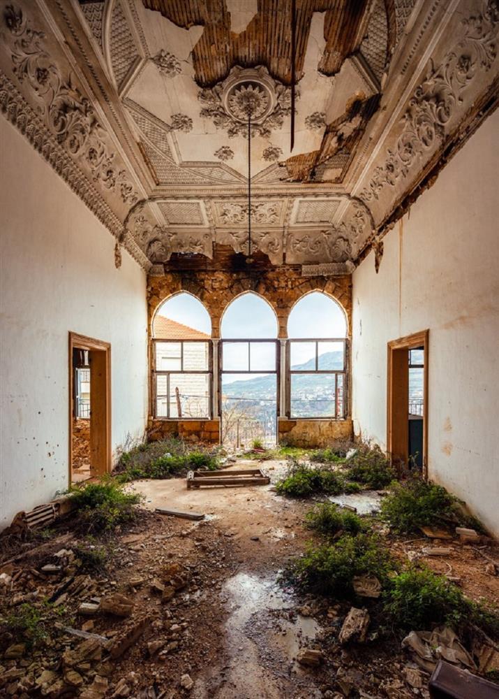 舊時代建物的蕭瑟美感!英國攝影師James Kerwin捕捉黎巴嫩貝魯特廢墟寂靜之美_01
