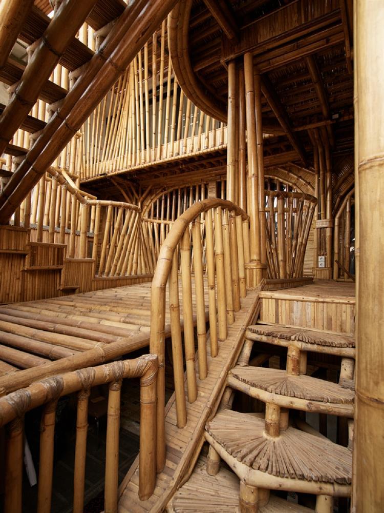 如花園般的夢幻共享建築!印尼Guha結合圖書館、牙科診所、住宅、設計事務所的綠意空間_08