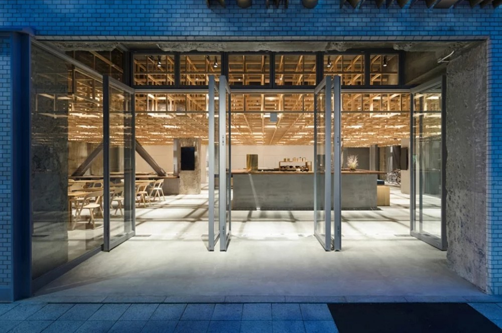 入住日本金澤質感旅宿KUMU!當日式木作遇上清水模、結合住宿與茶屋的靜謐空間
