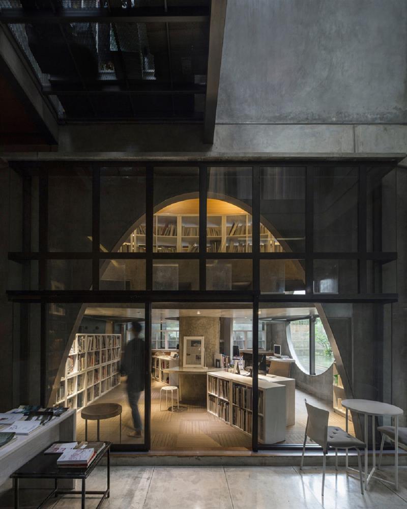 如花園般的夢幻共享建築!印尼Guha結合圖書館、牙科診所、住宅、設計事務所的綠意空間_23