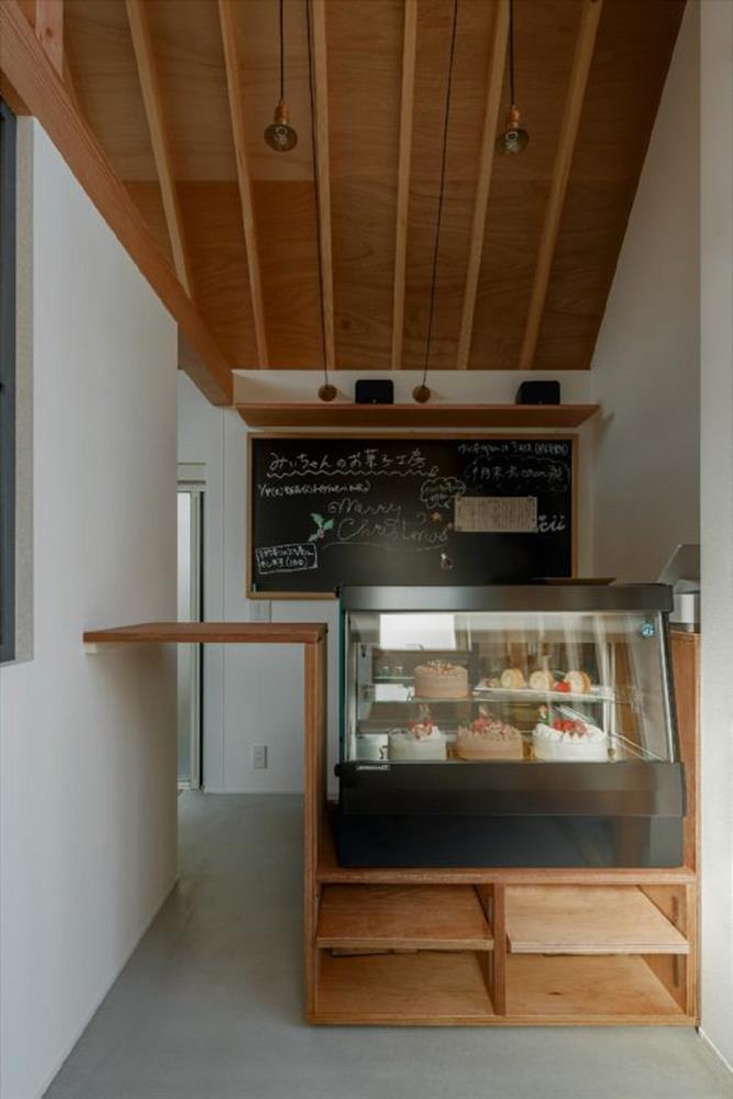 民宅內的5坪甜點店!日本建築師替13歲女孩打造夢想中的店