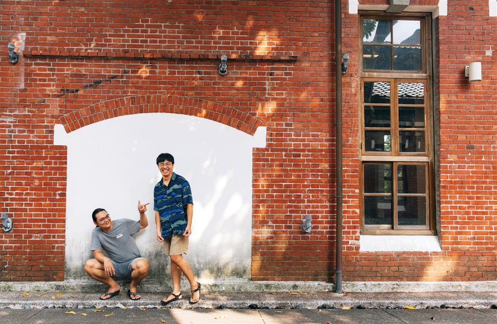 面對聽眾回饋,「台通」李毅誠(圖右)和張家倫(圖左)最喜歡的一句話是:「今年多了兩個好朋友。」