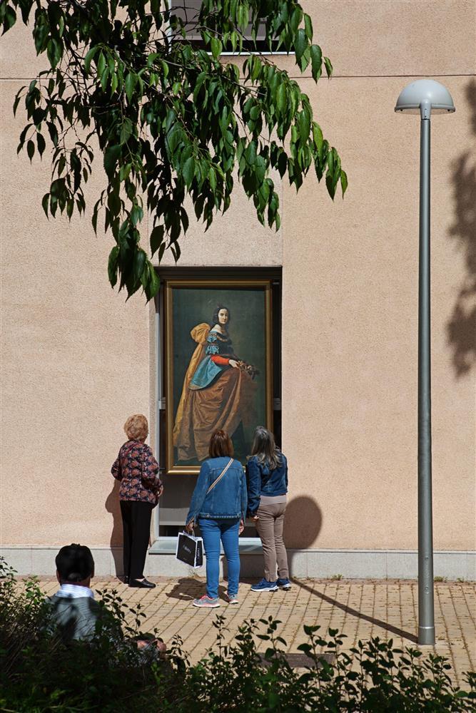 西班牙馬德里普拉多美術館將名作複製畫搬到戶外06