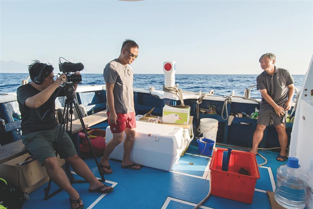 紀錄片《男人與他的海》4月上映!比海還深的親情羈絆