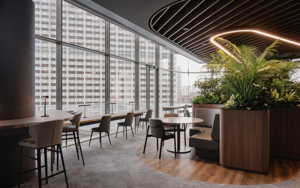citi-bank-wealth-hub-singapore-banking-conservatory-ministry-of-design_dezeen_2364_col_26
