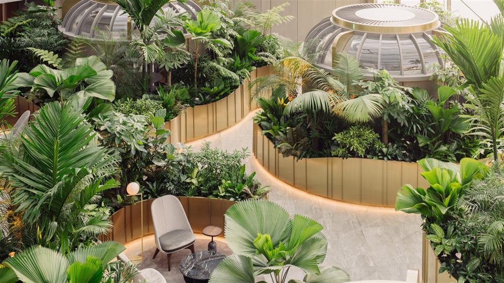 citi-bank-wealth-hub-singapore-banking-conservatory-ministry-of-design_dezeen_2364_hero2-2048x1152