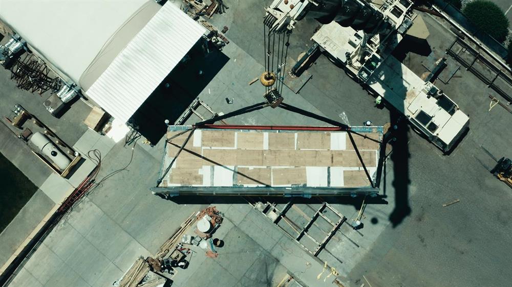 英國倫敦九榆樹區「使館花園」全球首座透明高空泳池_06