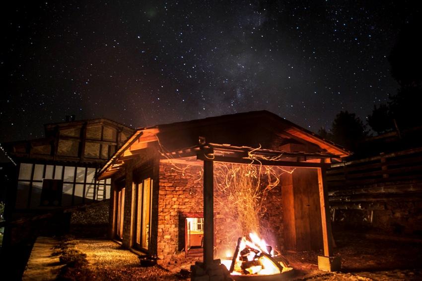 不丹「崗提山谷隱世小屋」坐擁喜馬拉雅山美景6