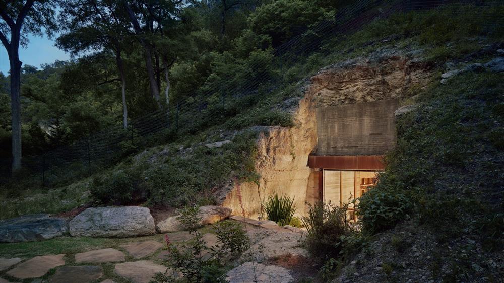 Clayton Korte操刀設計的洞穴酒窖_02
