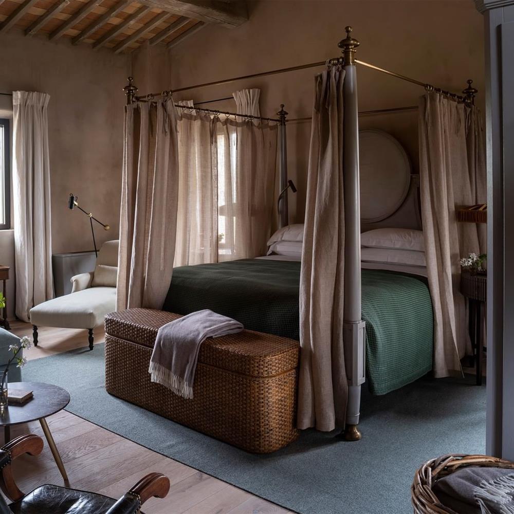 hotel-castello-di-reschio23