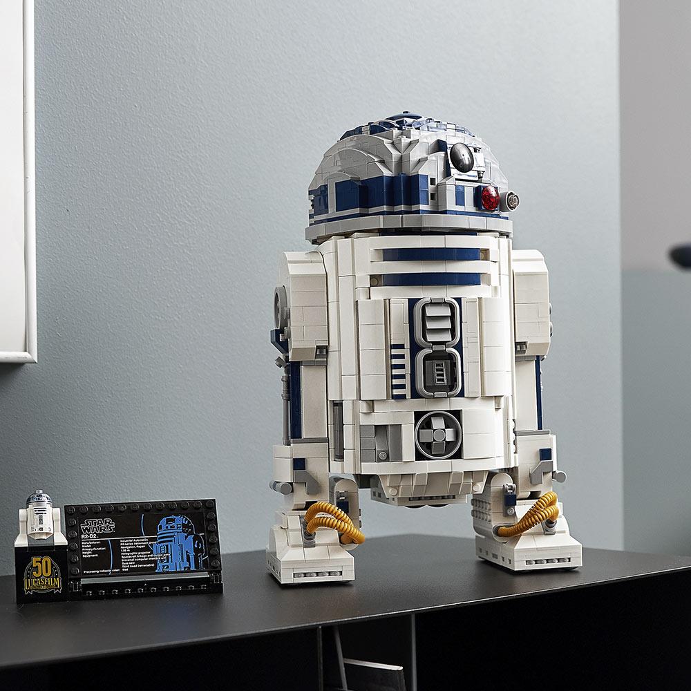 樂高LEGO全新升級《星際大戰》「R2-D2」模型!紀念盧卡斯影業50週年_01
