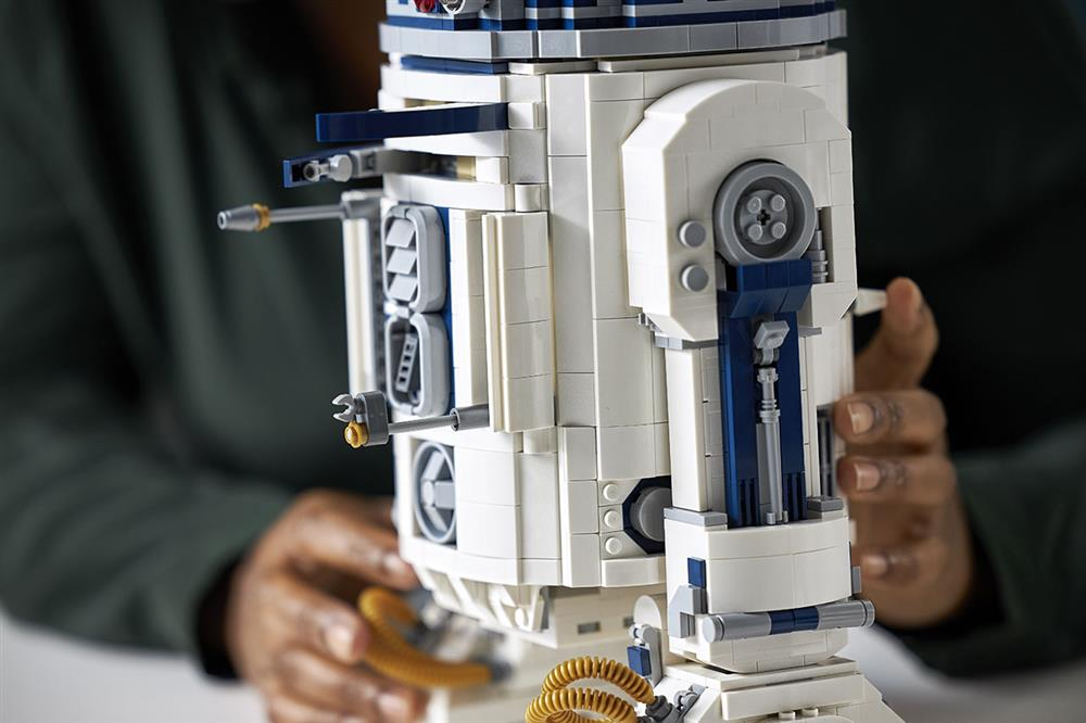 樂高LEGO全新升級《星際大戰》「R2-D2」模型!紀念盧卡斯影業50週年_07