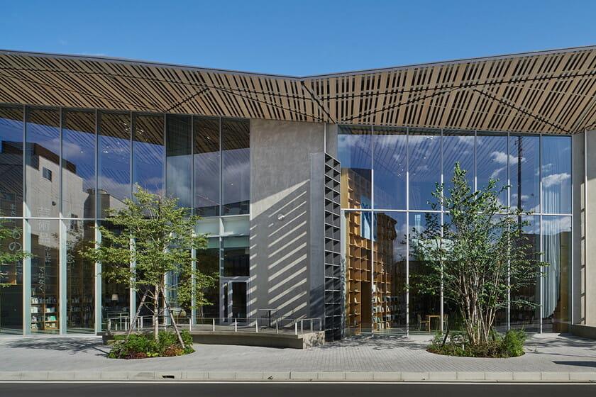 那須鹽原市立圖書館Miruru的溫潤木質空間12