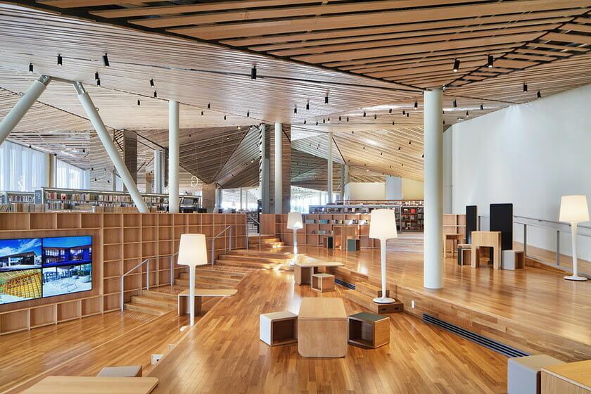 那須鹽原市立圖書館Miruru的溫潤木質空間14