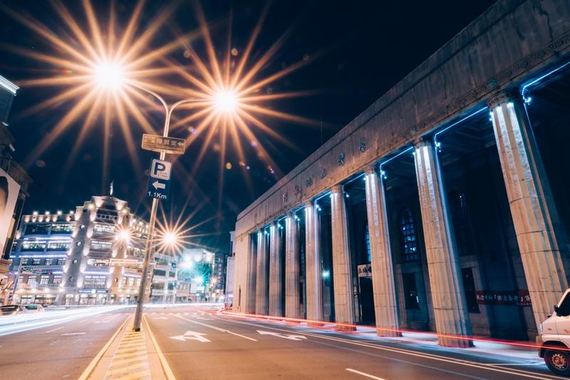 沃手工作《城市植光》