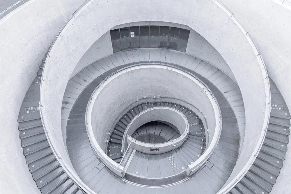 安藤忠雄建築迷的灰白攝影!上海攝影師殷鶯捕捉清水模建築幾何之美_03
